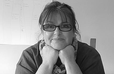 Lesley Cox - Profile Image - Nua Collective - Artist