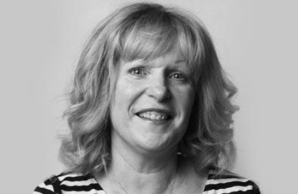 Pauline Gibbons - Artist - Nua Collective - Profile Image H